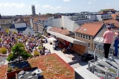 4xVuust-rooftop